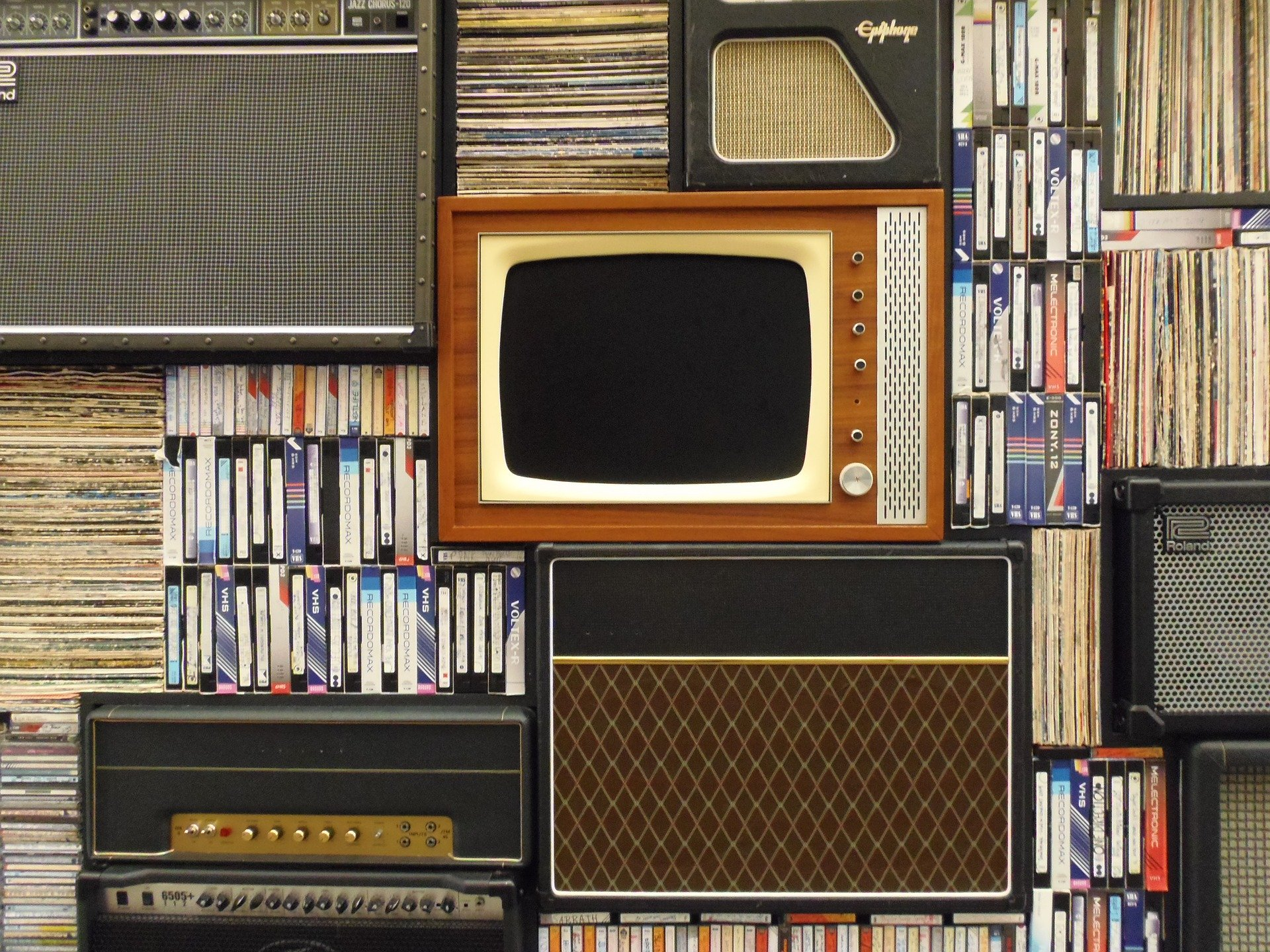old-tv-1149416_1920